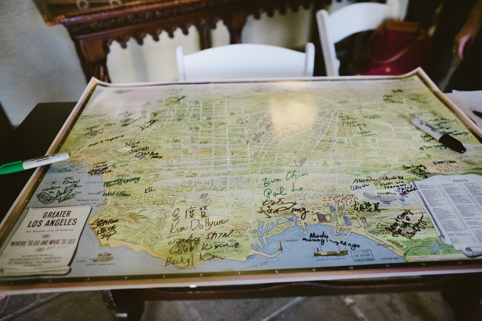 map of los angeles as a guest book